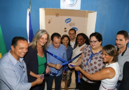 Notícias de Valparaíso de Goiás - Prefeitura de Valparaíso de Goiás inaugura espaço que abrigará o Centro de Línguas Estrangeiras
