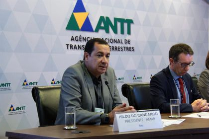 Notícias de Águas Lindas - Hildo do Candango participa de seminário promovido pela ANTT sobre o Transporte Semiurbano