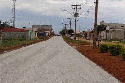 Notícias de Águas Lindas - Obras de pavimentação asfáltica no Complexo Barragem estão em sua fase final