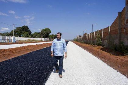 Prefeito Hildo do Candango intensifica obras em Águas Lindas de Goiás