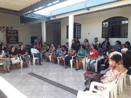 Notícias de Águas Lindas - Aleandra Sousa comenta sobre o início da Oficina de Artesanato no Centro de Referência de Assistência Social do Jardim Barragem II