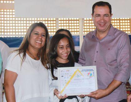 Notícias de Águas Lindas - Aleandra Sousa defende a garantia à cidadania com o incentivo à prática esportiva