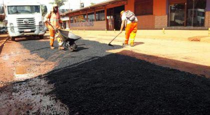 Notícias de Águas Lindas - Ruas e avenidas são recuperadas enquanto as obras de asfaltamento não chegam