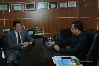 Hildo do Candango recebe deputado distrital Jorge Vianna em seu gabinete