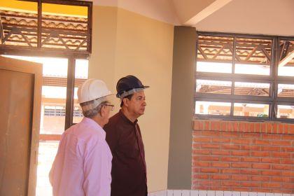 Notícias de Águas Lindas - Conclusão das obras da Escola Estadual do bairro Mansões Village beneficiará milhares de estudantes no município