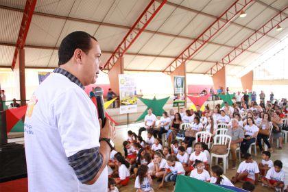 Notícias de Águas Lindas - Hildo do Candango garante que houve avanços significativos na educação do município