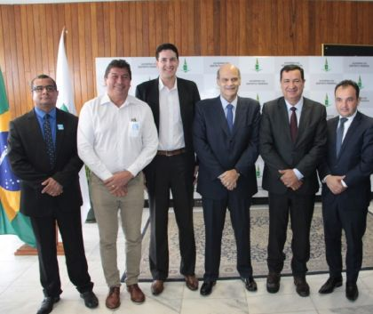 Presidente da AMAB Hildo do Candango participou do evento no de lançamento da pesquisa metropolitana 2019 com base na Pesquisa Distrital por Amostra de Domicílios do DF