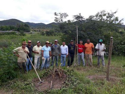 Notícias de Mimoso - Prefeitura de Mimoso de Goiás inicia projeto para proteger nascentes de rios