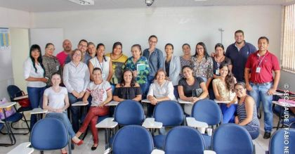 Notícias de Novo Gama - Prefeitura de Novo Gama oferece cursos de capacitação profissional a enfermeiros com o intuito de melhorar atendimento na rede pública de saúde