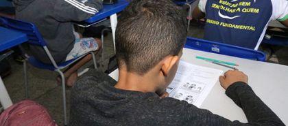 Notícia de Goiás – Alunos da rede estadual de educação fazem provas do Sistema de Avaliação Educacional do Estado de Goiás (Saego)