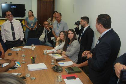 Em busca de desenvolvimento: Hildo do Candango participa de reunião para tratar dos interesses de Águas Lindas