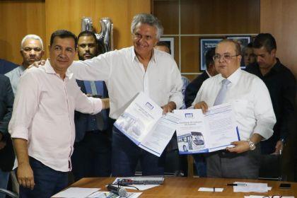 Notícia do Entorno – Presidente da AMAB, Hildo do Candango busca melhorias para o transporte público de Valparaíso de Goiás